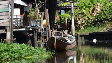Boot im Klong Thonburi